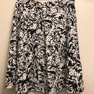 Adrienne Vittadini A line skirt size s